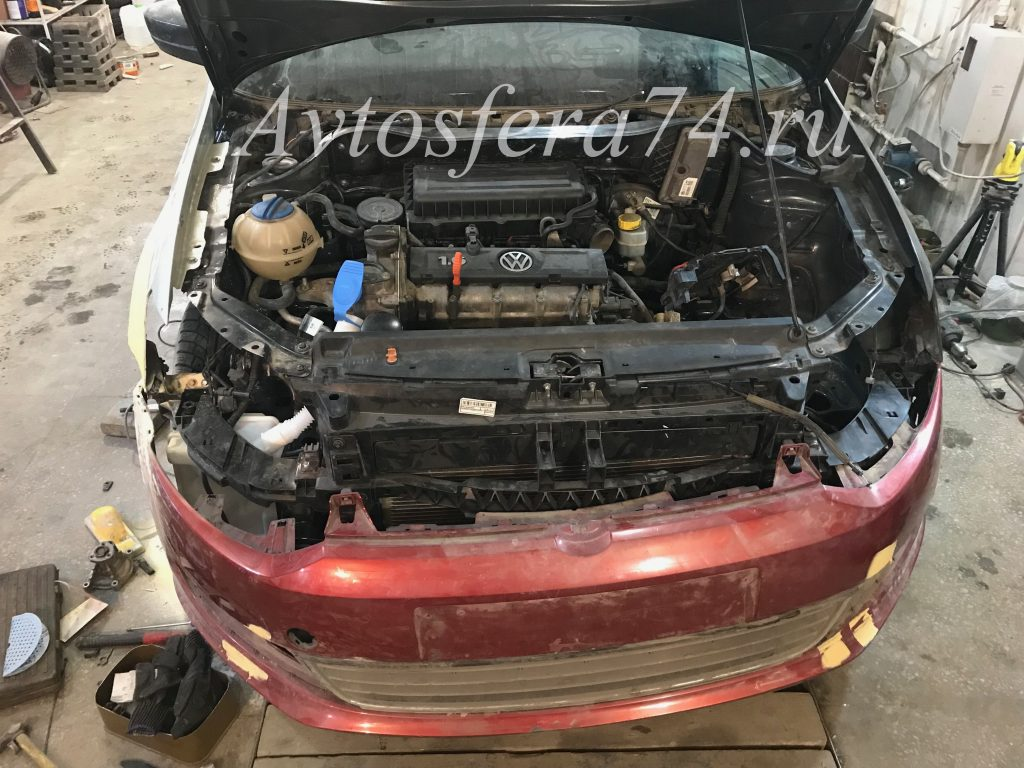 Volkswagen Polo Sedan до ремонта бампер